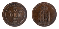 This Swedish coin has the monogram of King Oscar II on the obverse; on the reverse, the value, currency and date.