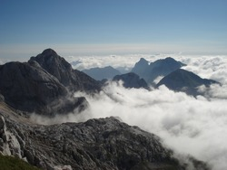 This wiewpoint is above the clouds, who surrounding another peaks in this area.