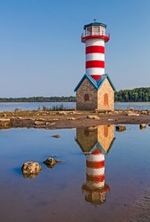 Though not a functional aid to navigation, the Grafton, Illinois Lighthouse stands to commemorate the Great Flood of 1993 which nearly washed away the small Mississippi River town.