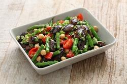 three bean salad,scarlet runner bean,green bean,chickpea