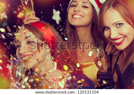 Three beautiful girls on the New Year's Eve #120131104