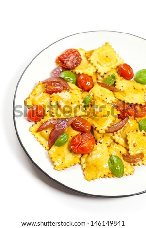 Three cheese ravioli with tomato