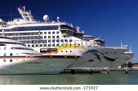 Three docking cruiseships in the port of St. Johns / Antigua.