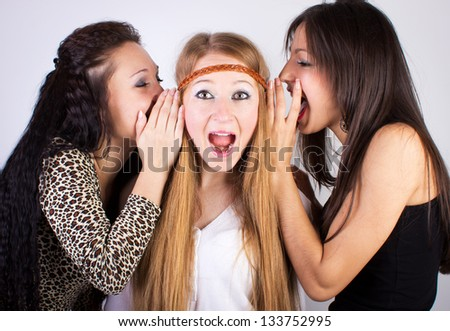 three gossiping girls