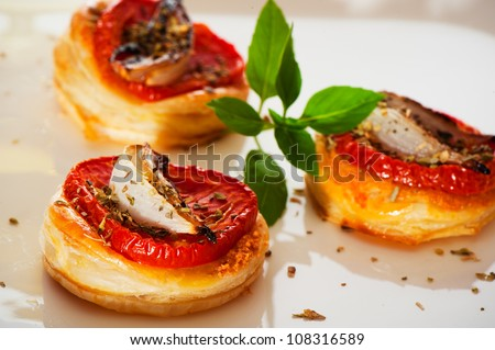 ... Small Mini Pizzas As Finger Food Stock Photo 108316589 : Shutterstock: www.shutterstock.com/pic-108316589/stock-photo-three-small-mini...