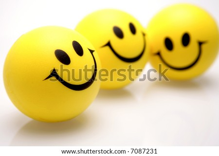 pictures of smiley faces that move. smiley faces over white