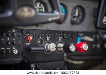 Throttle Cessna 172