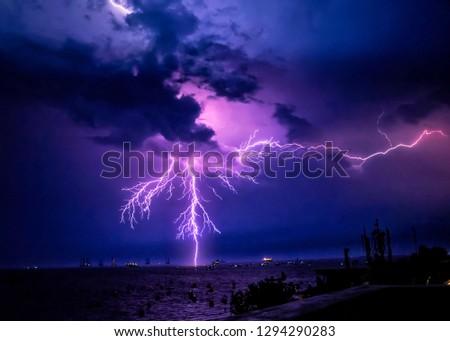 Thumder Strike Lightning at Gateway,Mumbai.