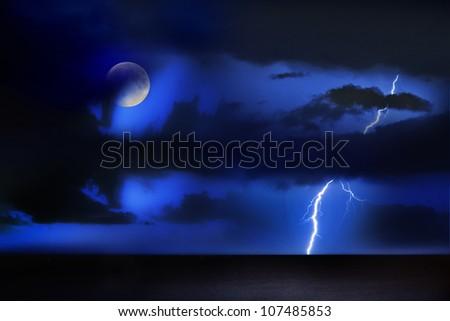thunder/night act/thunder storm above the sea