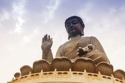 Tian Tan Buddha in Hong Kong,It is worlds's tallest bronze Buddha