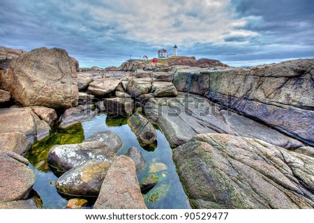 tidal pool before lighthouse