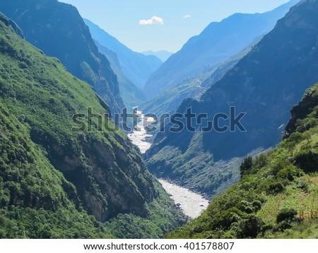 Tiger Leaping Gorge, Lijiang City, Yunnan Province, China. #401578807