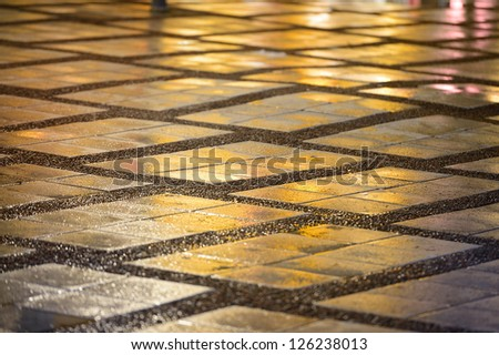 Tiled rainwet square