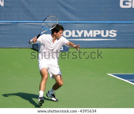 Tim Henman, a star of Britain's pro tennis, preparing to hit a forehand at the US Open Series event, Leggmason 2007, in Washington DC.