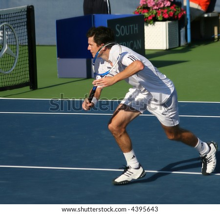 Tim Henman, a star of Britain's pro tennis, preparing to volley at the US Open Series event, Leggmason 2007, in Washington DC.
