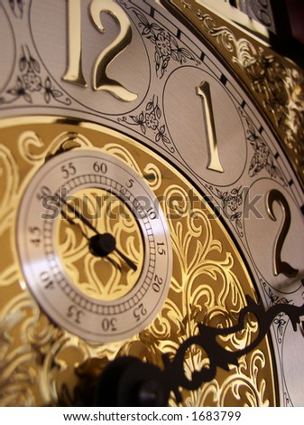 time on a grandfather clock
