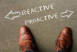 Time to decide: Reactive and Proactive