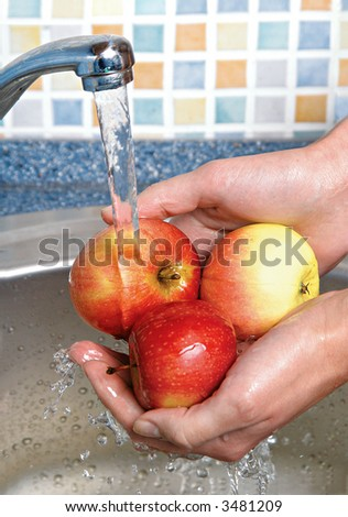 To wash up an apples