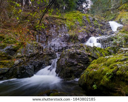Todd Creek's Late Fall Landscape Series-A photo of Todd Creek small waterfall in long exposure after the fall rain. Stock fotó ©