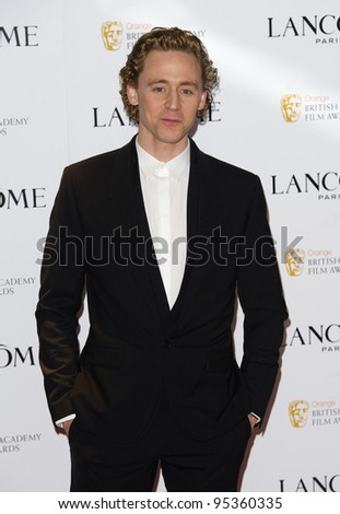 Tom Hiddleston arriving for the Lancome pre BAFTA party at the Savoy Hotel in London, 10/02/2012  Picture by: Simon Burchell / Featureflash