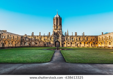 Tom Tower of Christ Church, Oxford University, Oxford UK