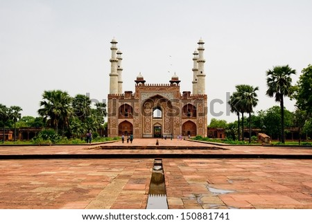 tomb of akbar the great in agra ...