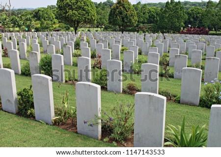 Tombstones of Allied Servicemen at Kranji War Memorial, Singapore, Asia ストックフォト ©