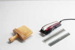Tools for hair cutting Comb and clipper