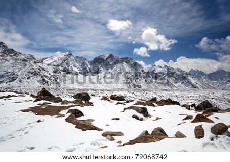 Top of the World. Everest Himalayan Range, view from Khumbu valley, Sagarmatha National park, Everest region, Eastern Nepal