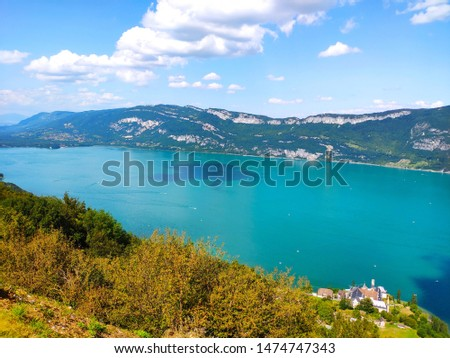 Top view of Aix-les-Bains lake in France Zdjęcia stock ©