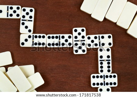 top view of line of play in domino game
