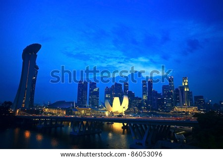 Top view of singapore flyer landscape in the evening time