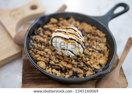 Top view of vanilla ice cream on soft cookie served in hot pan sweet treat dessert Stock photo ©