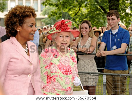TORONTO-JULY 06: TORONTO-JULY 06, 2010: The Queen did a walkabout of the grounds of Queen's Park, accompanied by Governor-General MichaÃlle Jean in Toronto, July 06, 2010