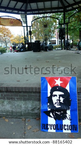 TORONTO - NOVEMBER 05: Poster of Che Guevara by the gazebo in Toronto's St. James Park, the center stage of Occupy Toronto's movement, Nov 05, 2011 in Toronto, Canada