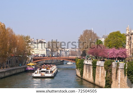 tourist cruise in River Seine Paris