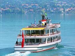 Tourist passenger boats across Lake Brienz (Brienzersee) on the ferry line Giessbach See - Brienz - Canton of Bern, Switzerland (Kanton Bern, Schweiz)
