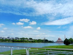 Tourist point in Putrajaya, easy tour at area putrajaya the view like so nice and relax your mind.