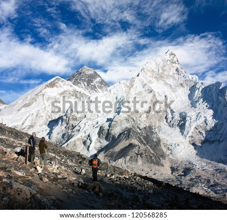 tourist watching Mount Everest from Kala Patthar view point - Nepal