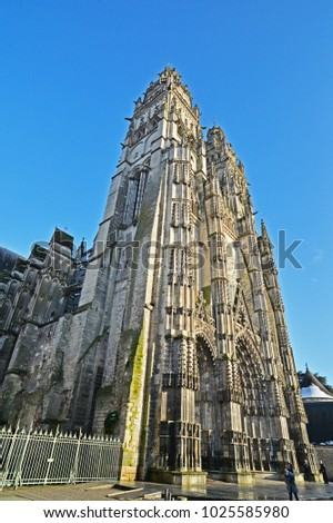 Tours Cathedral, Tours France #1025585980