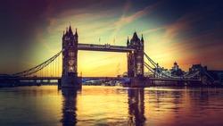 Tower Bridge with Holga style instagram filter