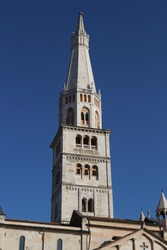 Tower of Ghirlandina (Garland), Modena, Emilia-Romagna, Italy, romanesque architecture