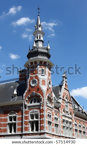 Town house in Leuven with blue sky Stock foto ©