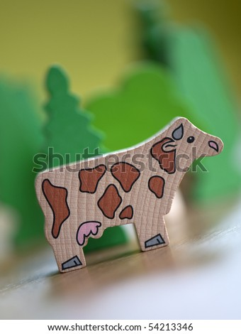 toy cow
