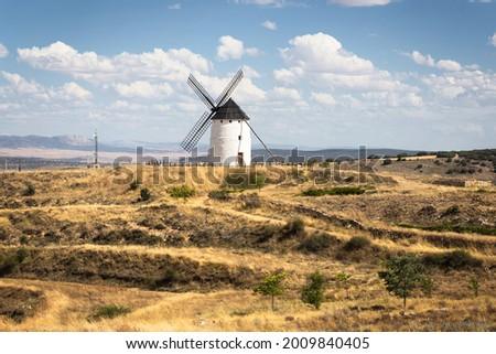 Tradicional Windmill in Ojos Negros, Teruel, Spain Foto stock ©