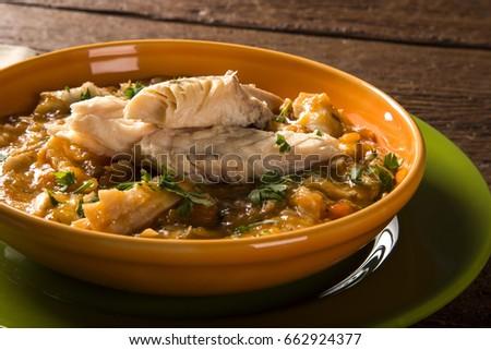 Shutterstock Traditional amazonian fish - Mojica de tucunare