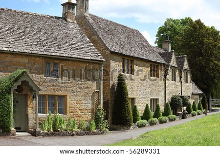 Traditional cottages in the idyllic Cotswolds village of Lower Slaughter