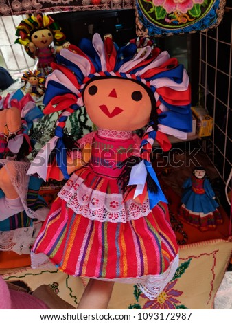 Traditional hand-made Mexican Muñeca Doll. Foto stock ©