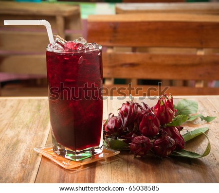 traditional thai drink,Iced roselle juice with dried Roselle flower.