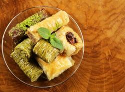 traditional Turkish Arabic sweets baklava